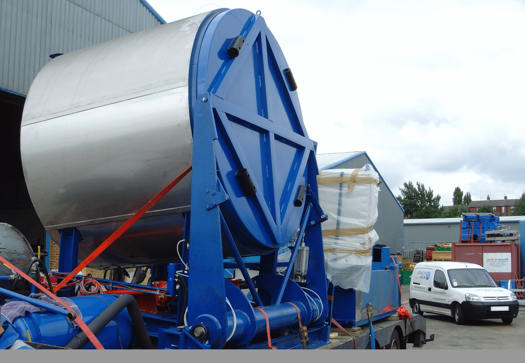 paint pan washer in transit